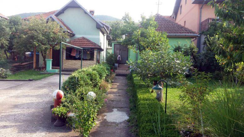 Na prodaju dve kuće i plac 5 ari u širem centru Sokobanje